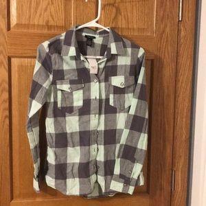 Brand new long-sleeve flannel shirt